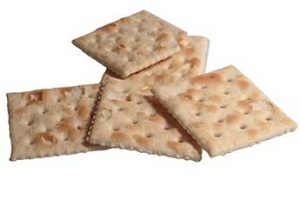 pile of Saltine crackers