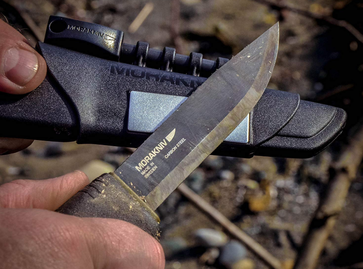 camping knife for survival